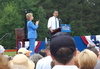 Hillary_applauds_obama_speaks_1